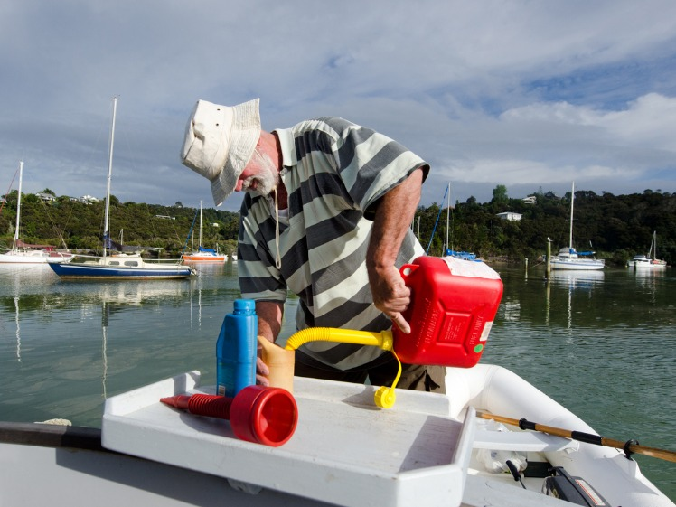 How to Avoid Fuel Problems While Boating